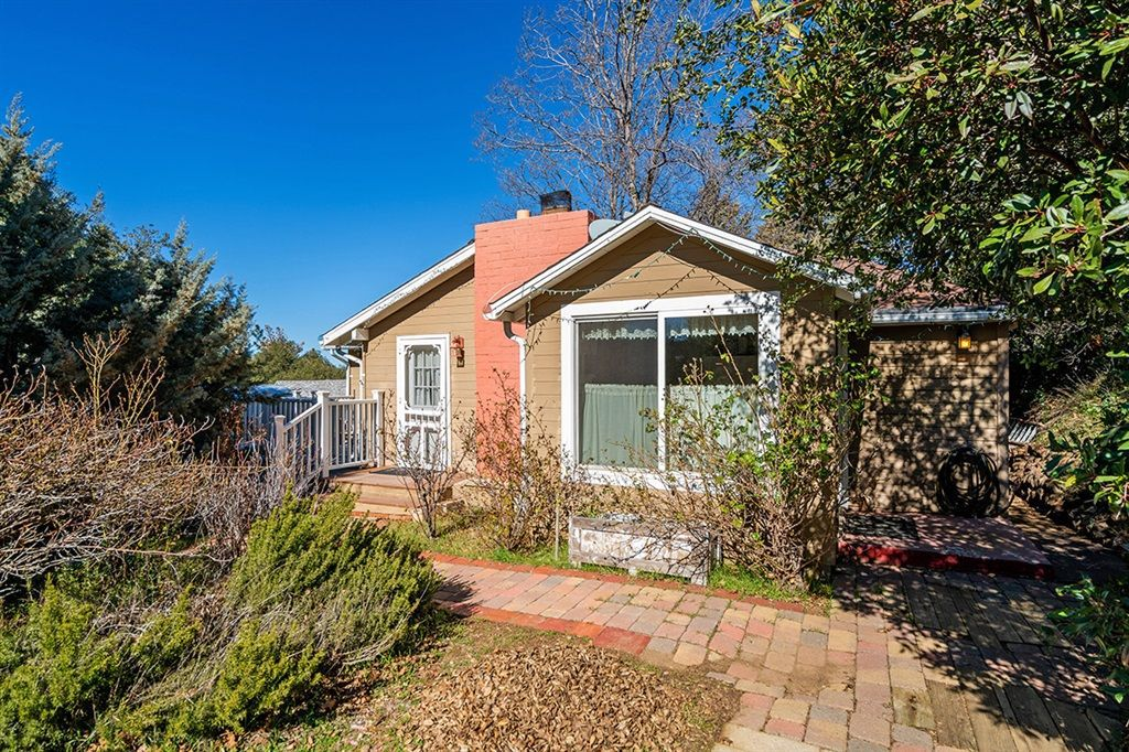 Main Photo: JULIAN House for sale : 2 bedrooms : 2275 Sunset Dr