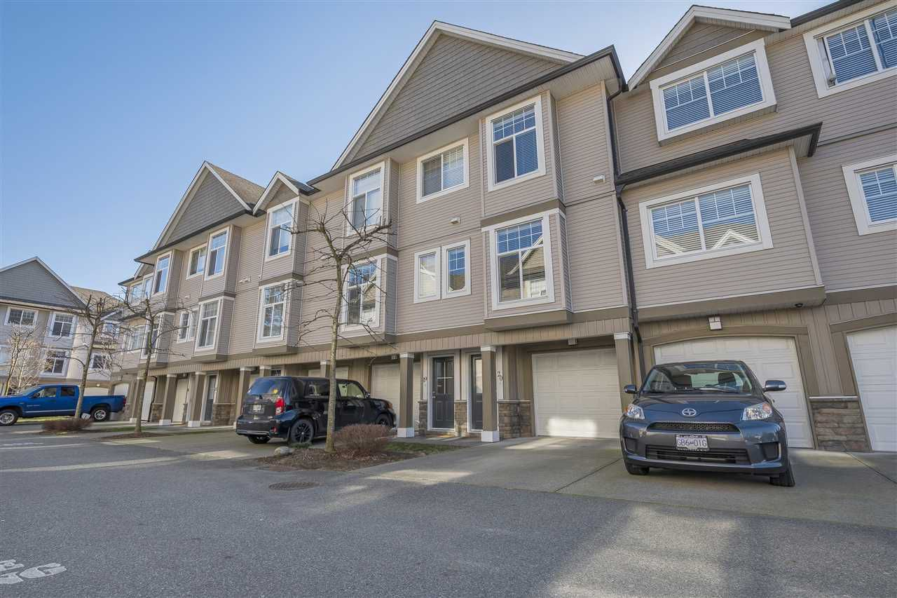 """Main Photo: 20 9140 HAZEL Street in Chilliwack: Chilliwack E Young-Yale Townhouse for sale in """"EVERSFIELD LANE"""" : MLS®# R2338879"""