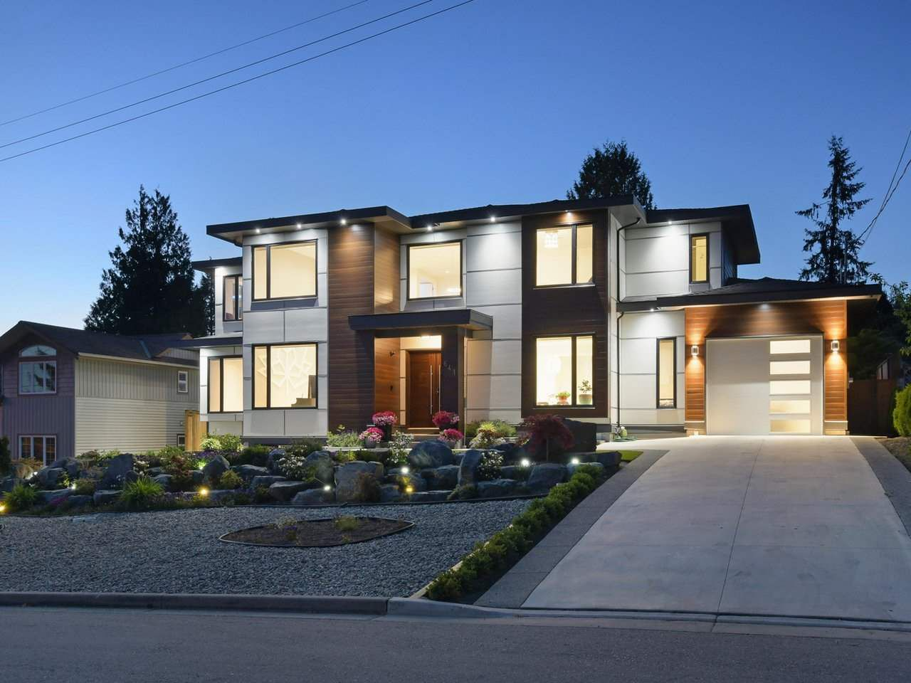 Main Photo: 641 MADORE Avenue in Coquitlam: Coquitlam West House for sale : MLS®# R2367943