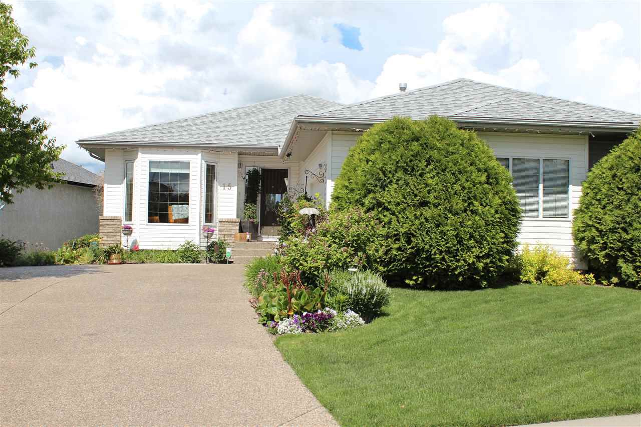 Absolutely stunning custom bungalow, fully-finished, walk-out to lake.
