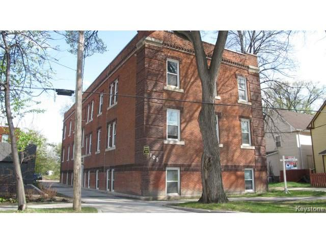 Main Photo: 105 Scotia Street in WINNIPEG: West Kildonan / Garden City Condominium for sale (North West Winnipeg)  : MLS®# 1504311
