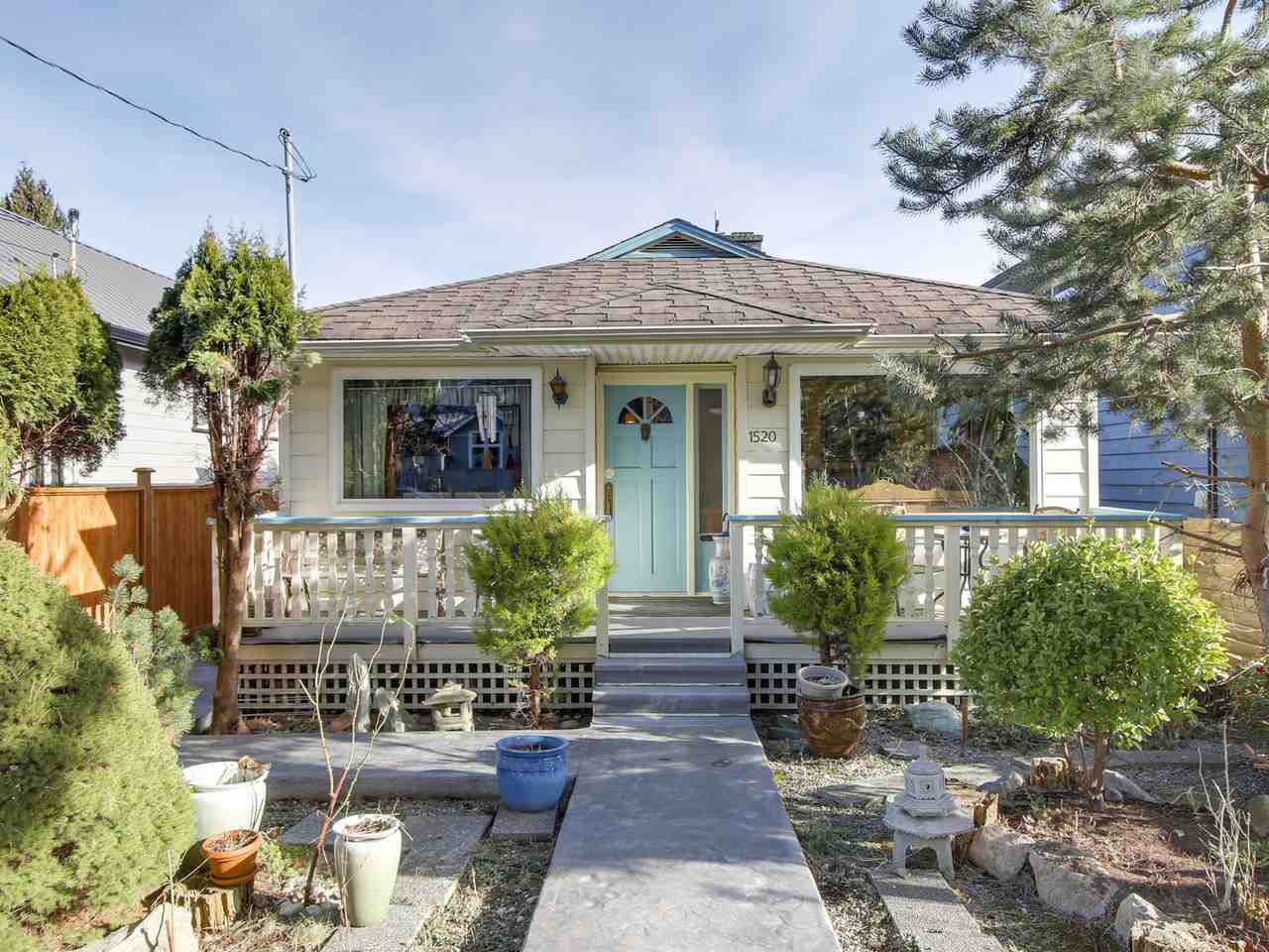 Main Photo: 1520 MACGOWAN Avenue in North Vancouver: Norgate House for sale : MLS®# R2137032