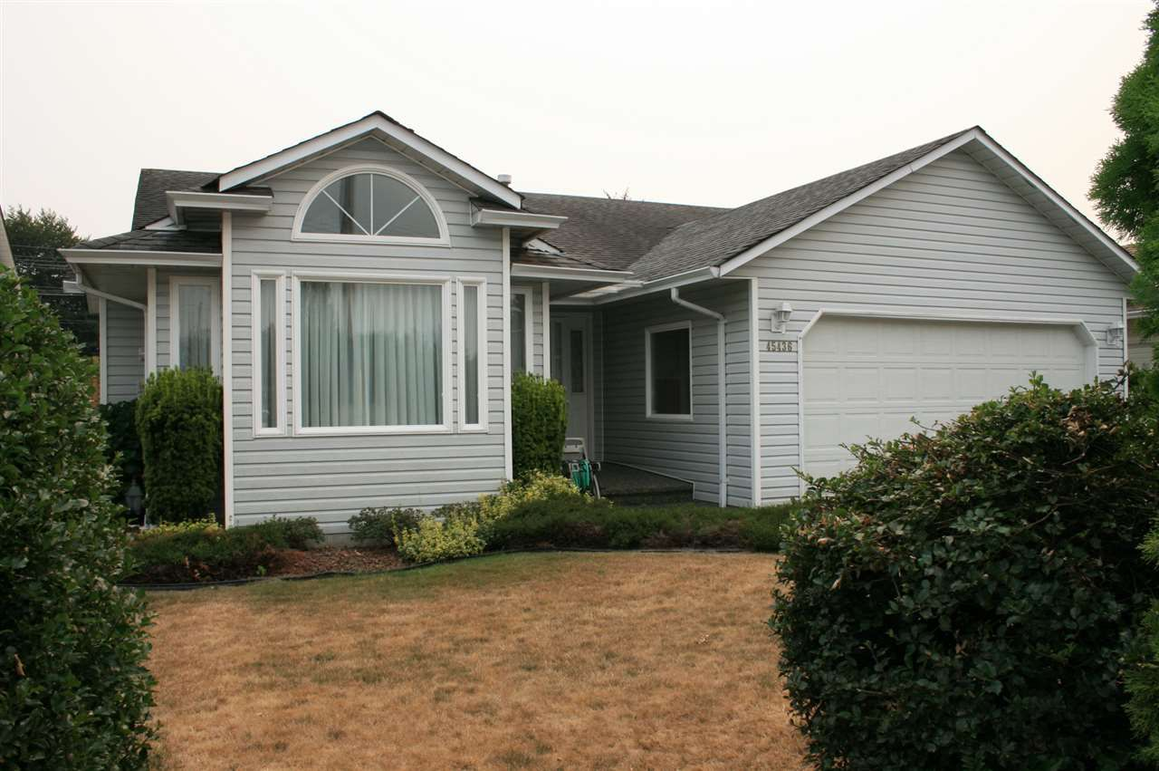 Main Photo: 45436 SPRUCE DRIVE in Sardis: Sardis West Vedder Rd House for sale : MLS®# R2194843