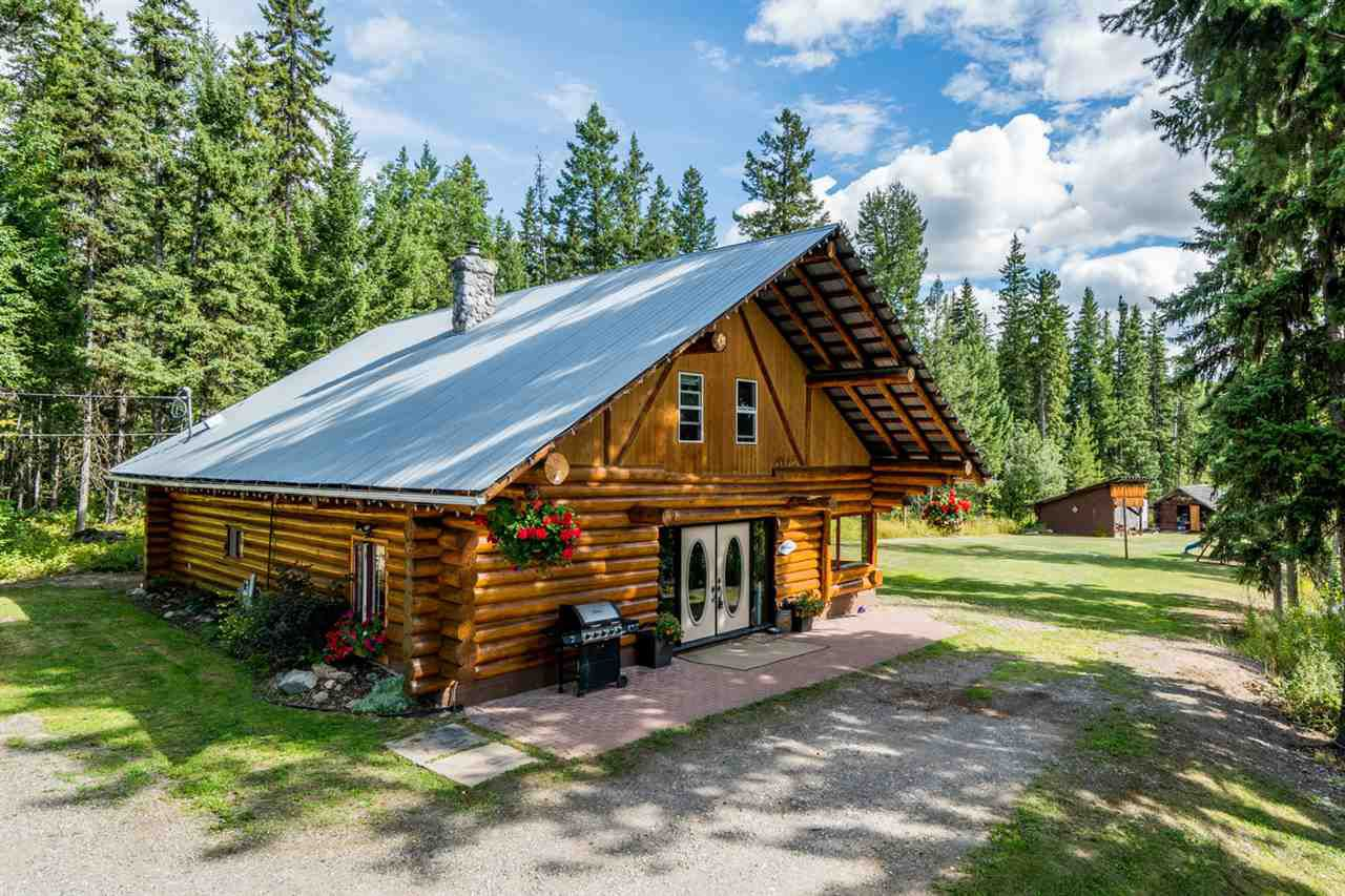 Main Photo: 1425 BOWRON Road in Prince George: Pineview House for sale (PG Rural South (Zone 78))  : MLS®# R2201734