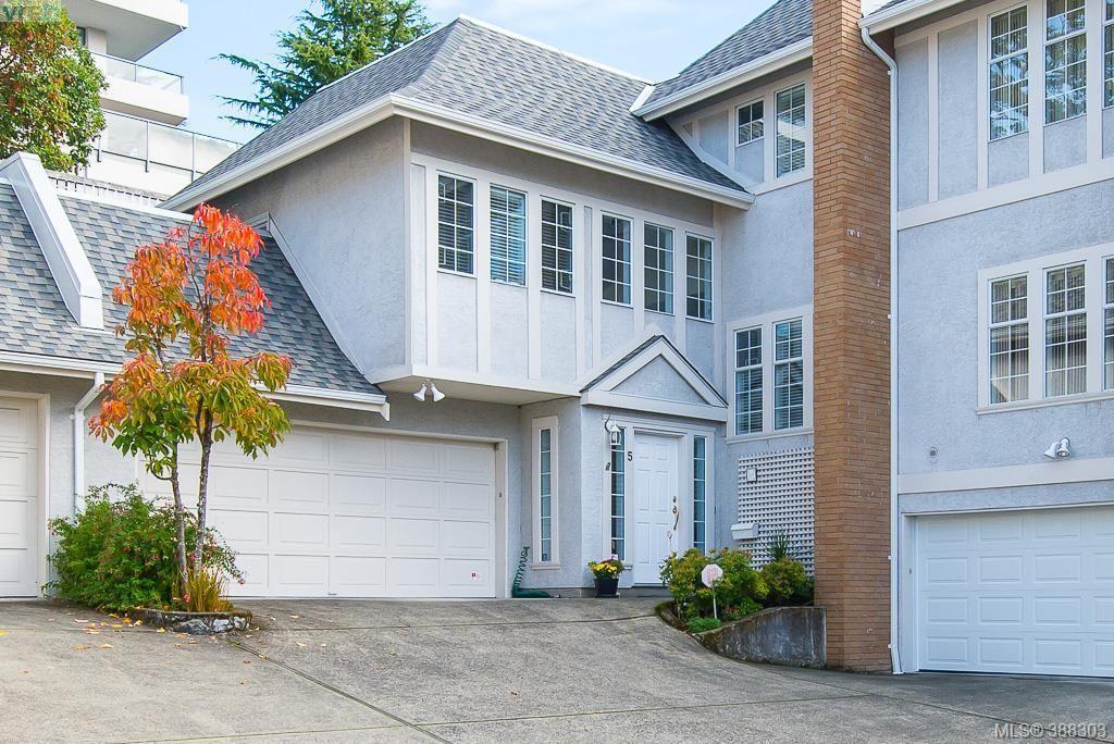 Main Photo: 5 1027 Belmont Avenue in VICTORIA: Vi Rockland Townhouse for sale (Victoria)  : MLS®# 388303