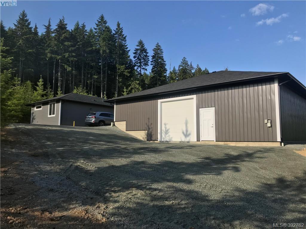 Main Photo: 2830 Woodcroft Place in SHAWNIGAN LAKE: ML Shawnigan Lake Single Family Detached for sale (Malahat & Area)  : MLS®# 392762