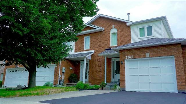 Main Photo: 3363 Nighthawk Trail in Mississauga: Lisgar House (2-Storey) for sale : MLS®# W4203505
