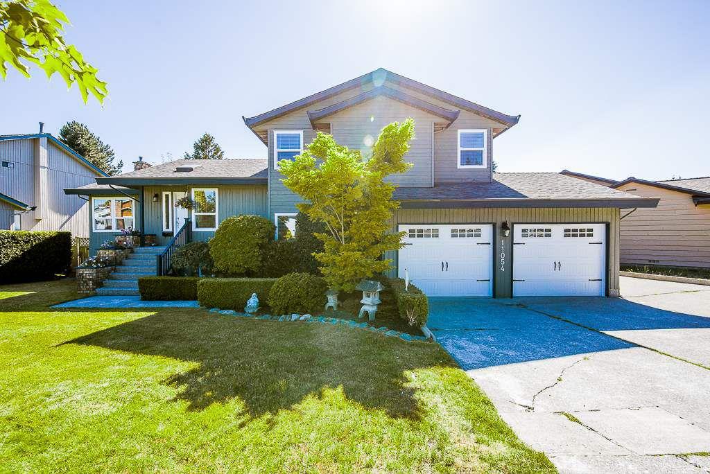 "Main Photo: 11054 BRIDLINGTON Drive in Delta: Nordel House for sale in ""Royal York"" (N. Delta)  : MLS®# R2324051"