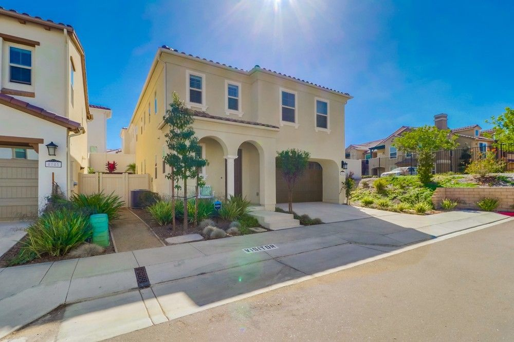 Main Photo: SOUTH SD House for sale : 4 bedrooms : 4841 Marlin Pl in San Diego