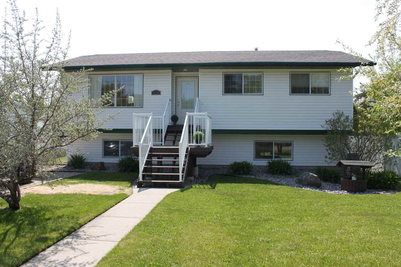 Main Photo: 4532 46B Street: Rural Lac Ste. Anne County House for sale : MLS®# E4158900