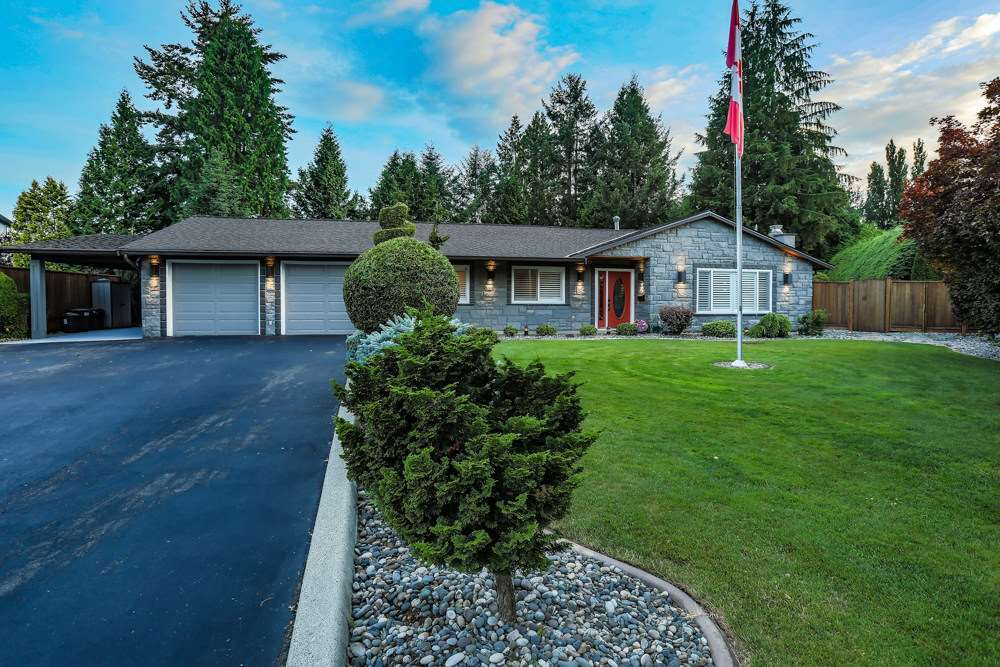 Main Photo: 20288 124 Avenue in Maple Ridge: Northwest Maple Ridge House for sale : MLS®# R2385084