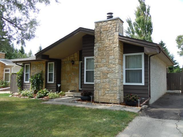 Main Photo: 30 Evenlea Walk in WINNIPEG: North Kildonan Residential for sale (North East Winnipeg)  : MLS®# 1117952