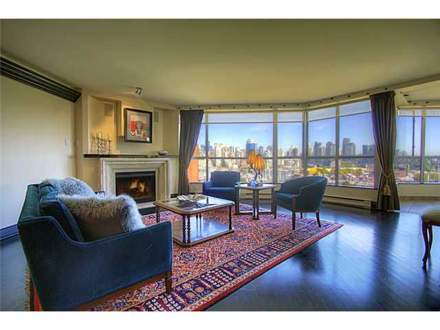 """Main Photo: # 703 1470 PENNYFARTHING DR in Vancouver: False Creek Condo for sale in """"HARBOUR COVE"""" (Vancouver West)  : MLS®# V950285"""