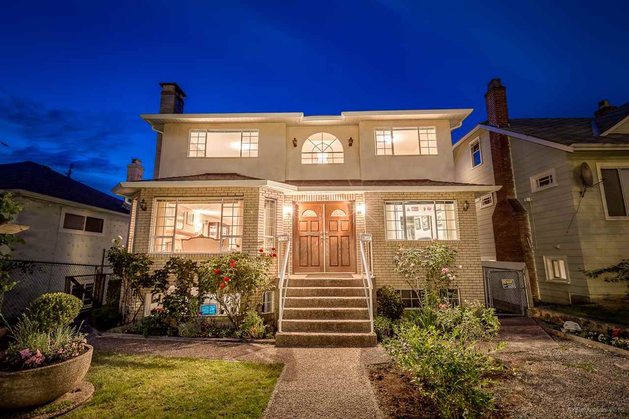 """Main Photo: 225 E 36TH Avenue in Vancouver: Main House for sale in """"MAIN"""" (Vancouver East)  : MLS®# R2082784"""