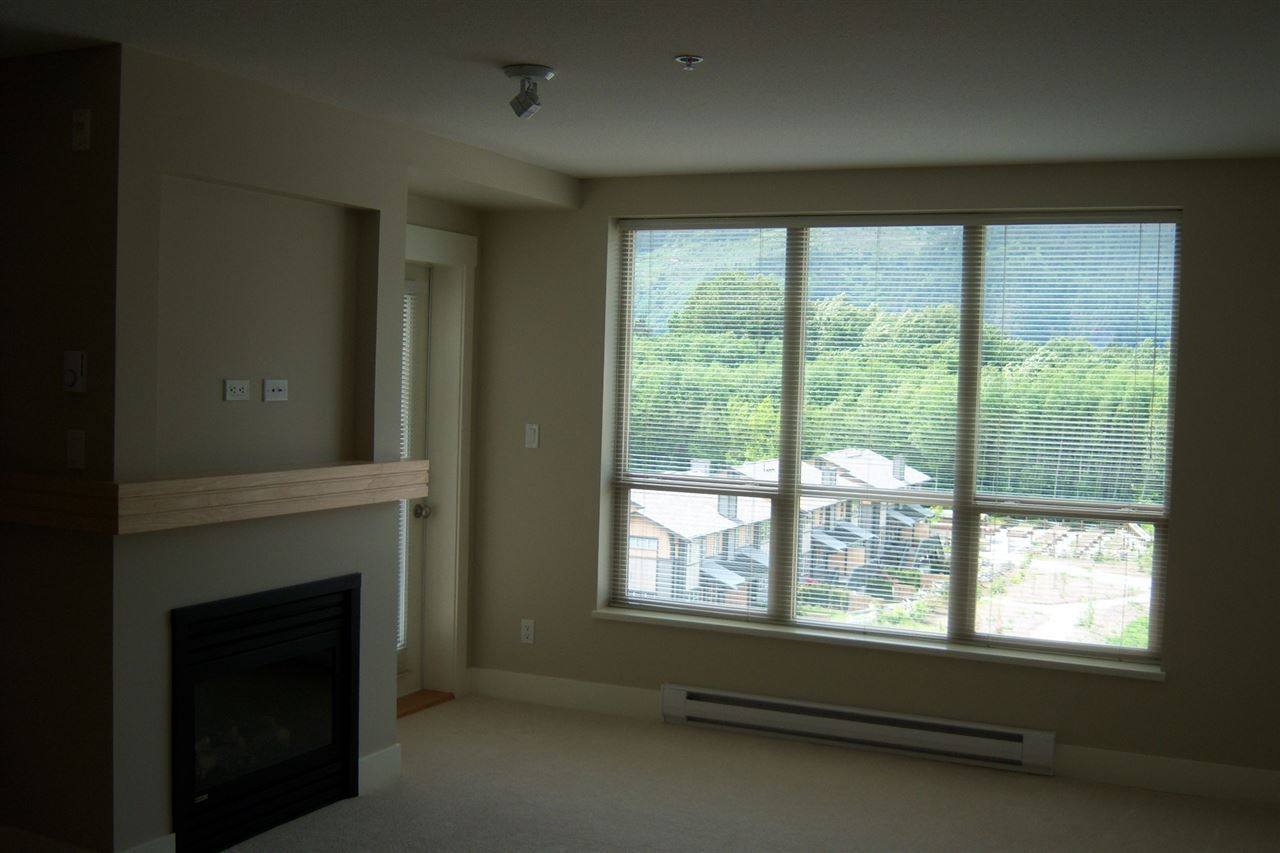Photo 2: Photos: 503 1211 VILLAGE GREEN Way in Squamish: Downtown SQ Condo for sale : MLS®# R2119731