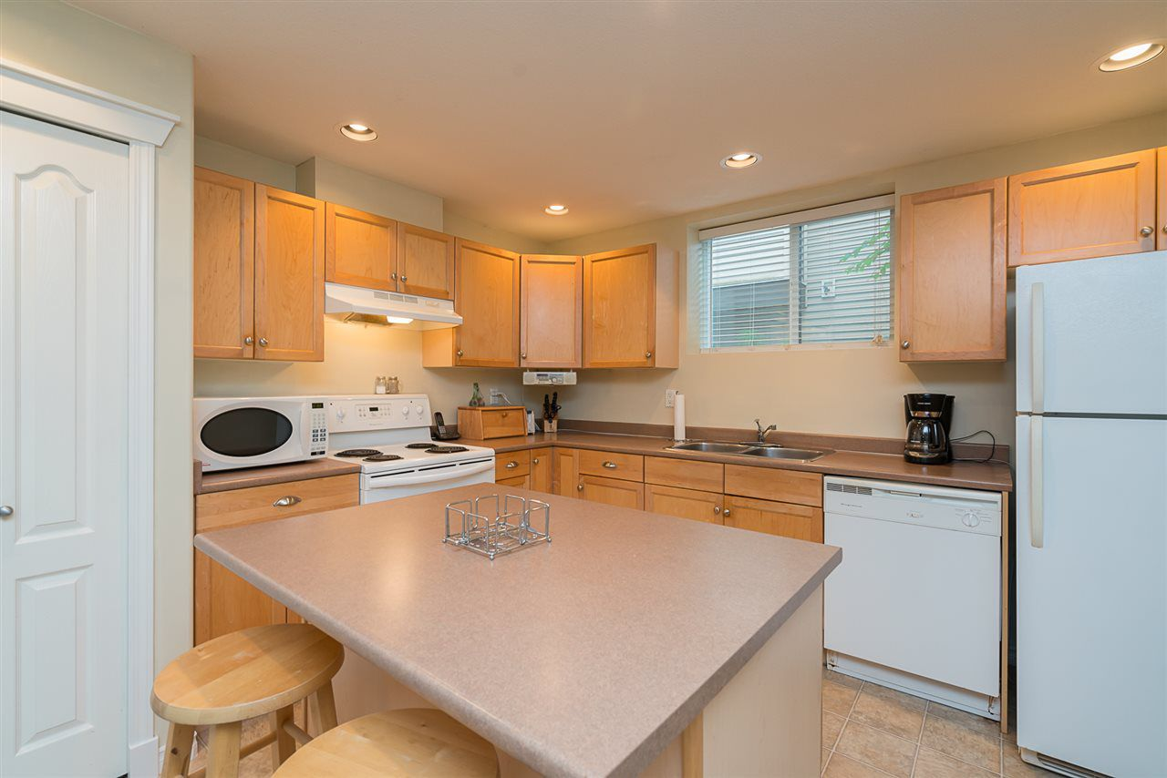 """Photo 16: Photos: 7055 201 Street in Langley: Willoughby Heights House for sale in """"JEFFRIES BROOK"""" : MLS®# R2188614"""