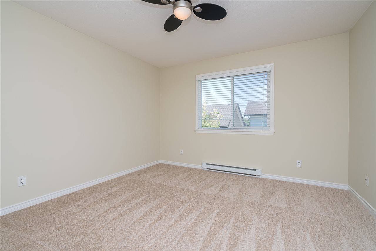 """Photo 14: Photos: 7055 201 Street in Langley: Willoughby Heights House for sale in """"JEFFRIES BROOK"""" : MLS®# R2188614"""