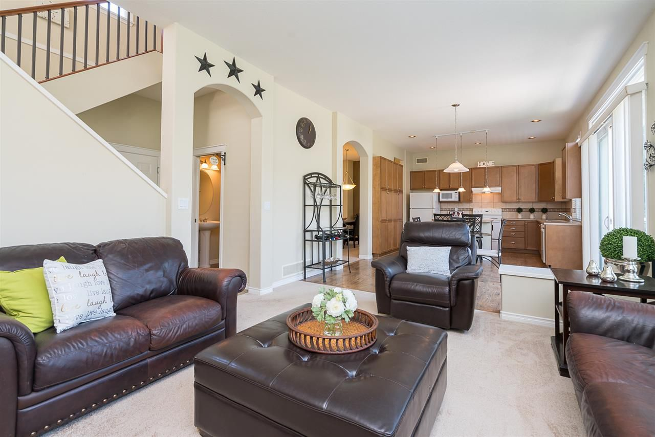 """Photo 10: Photos: 7055 201 Street in Langley: Willoughby Heights House for sale in """"JEFFRIES BROOK"""" : MLS®# R2188614"""