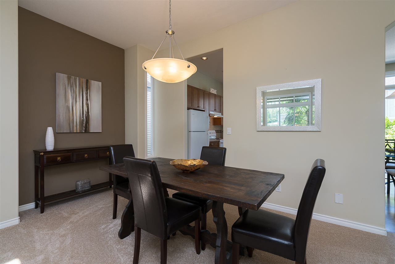 """Photo 5: Photos: 7055 201 Street in Langley: Willoughby Heights House for sale in """"JEFFRIES BROOK"""" : MLS®# R2188614"""