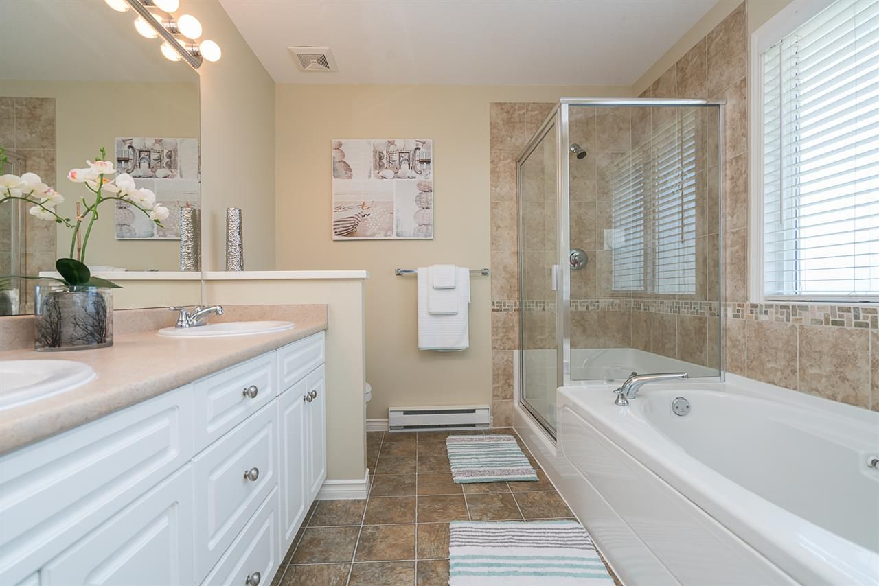 """Photo 12: Photos: 7055 201 Street in Langley: Willoughby Heights House for sale in """"JEFFRIES BROOK"""" : MLS®# R2188614"""