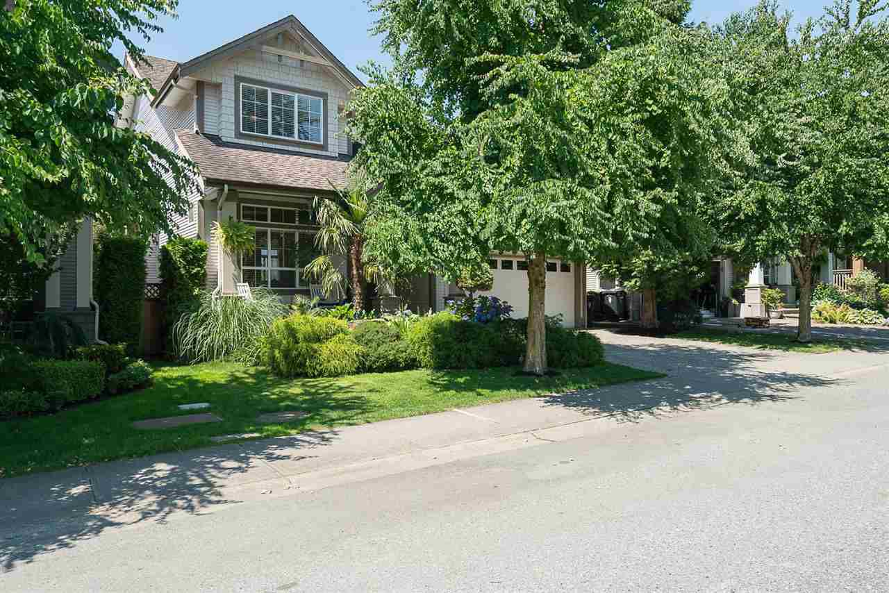 """Photo 2: Photos: 7055 201 Street in Langley: Willoughby Heights House for sale in """"JEFFRIES BROOK"""" : MLS®# R2188614"""