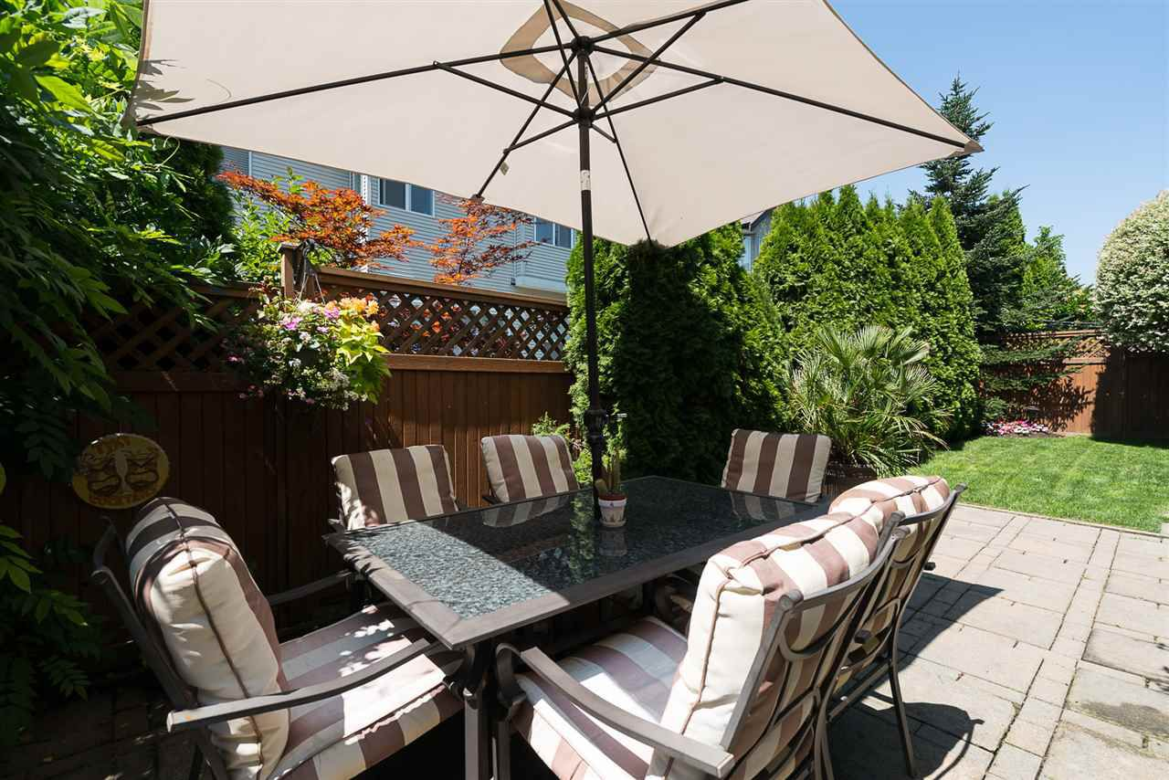 """Photo 18: Photos: 7055 201 Street in Langley: Willoughby Heights House for sale in """"JEFFRIES BROOK"""" : MLS®# R2188614"""