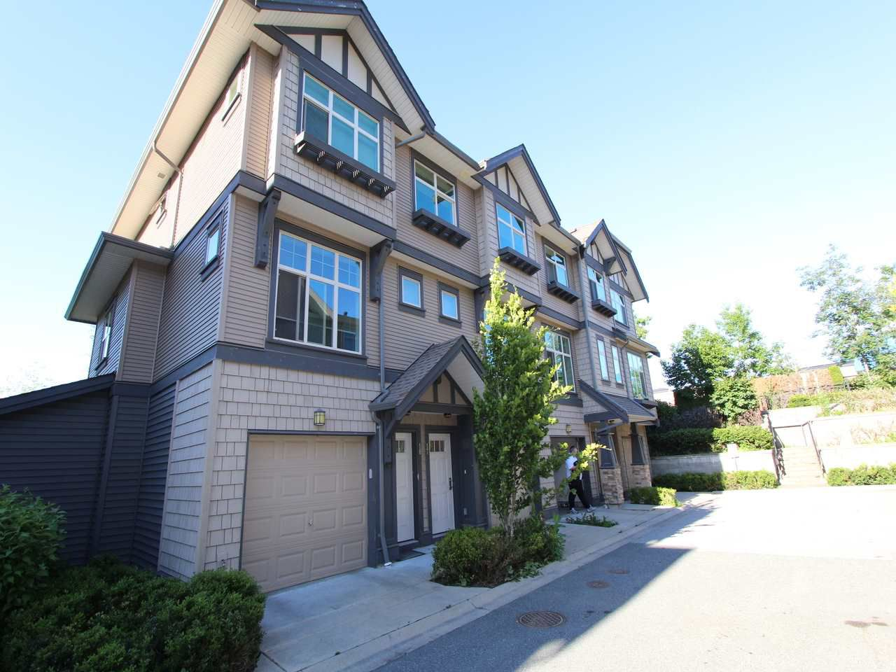 Main Photo: 17 31125 WESTRIDGE Place in Abbotsford: Abbotsford West Townhouse for sale : MLS®# R2194447