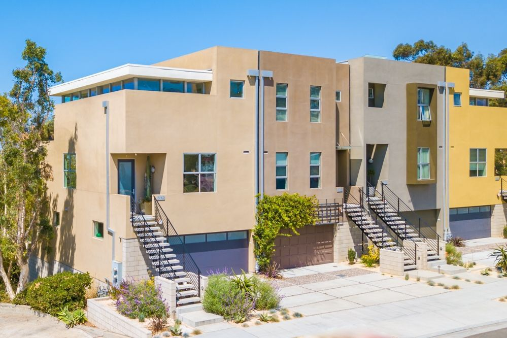 Main Photo: MISSION HILLS Rowhome for sale : 3 bedrooms : 2710 1st Ave in San Diego