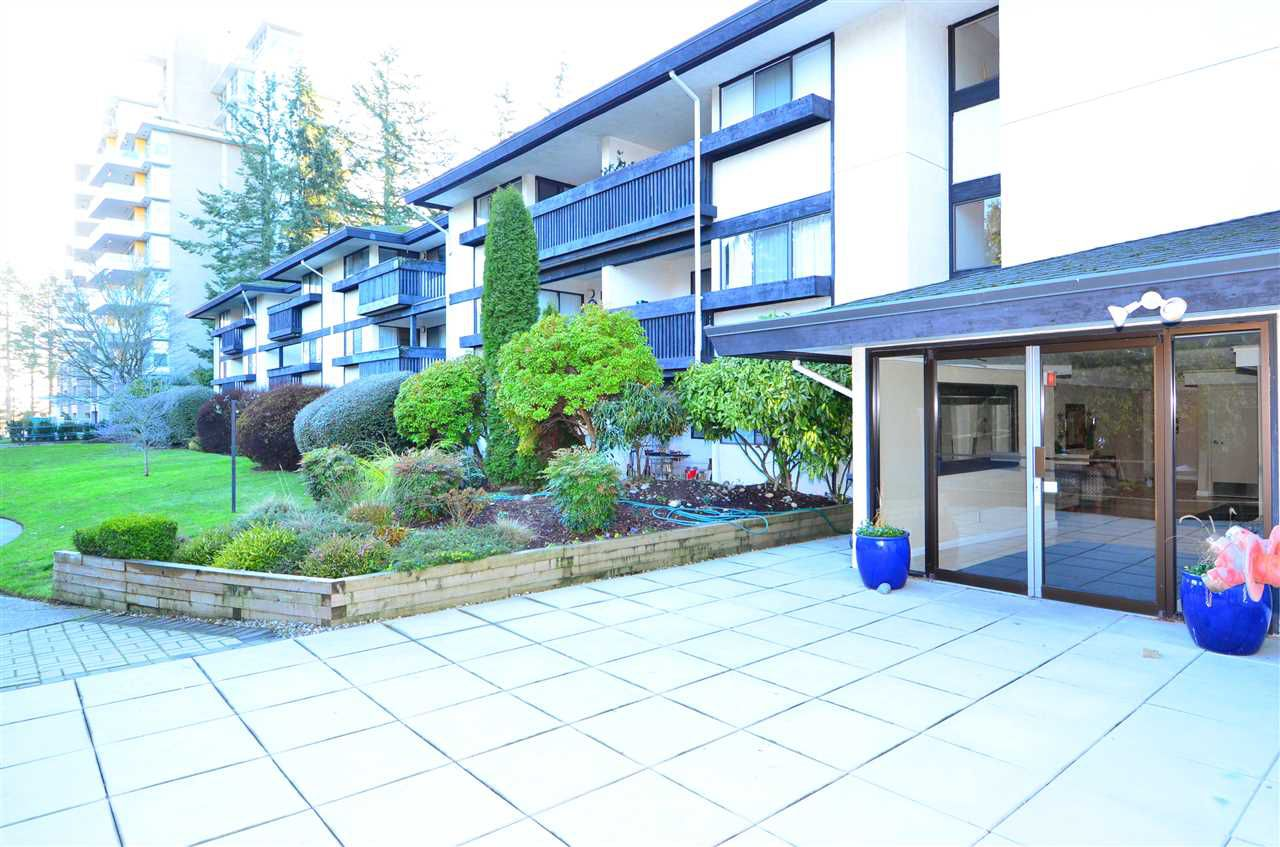 "Main Photo: 318 1561 VIDAL Street: White Rock Condo for sale in ""RIDGECREST"" (South Surrey White Rock)  : MLS®# R2227162"