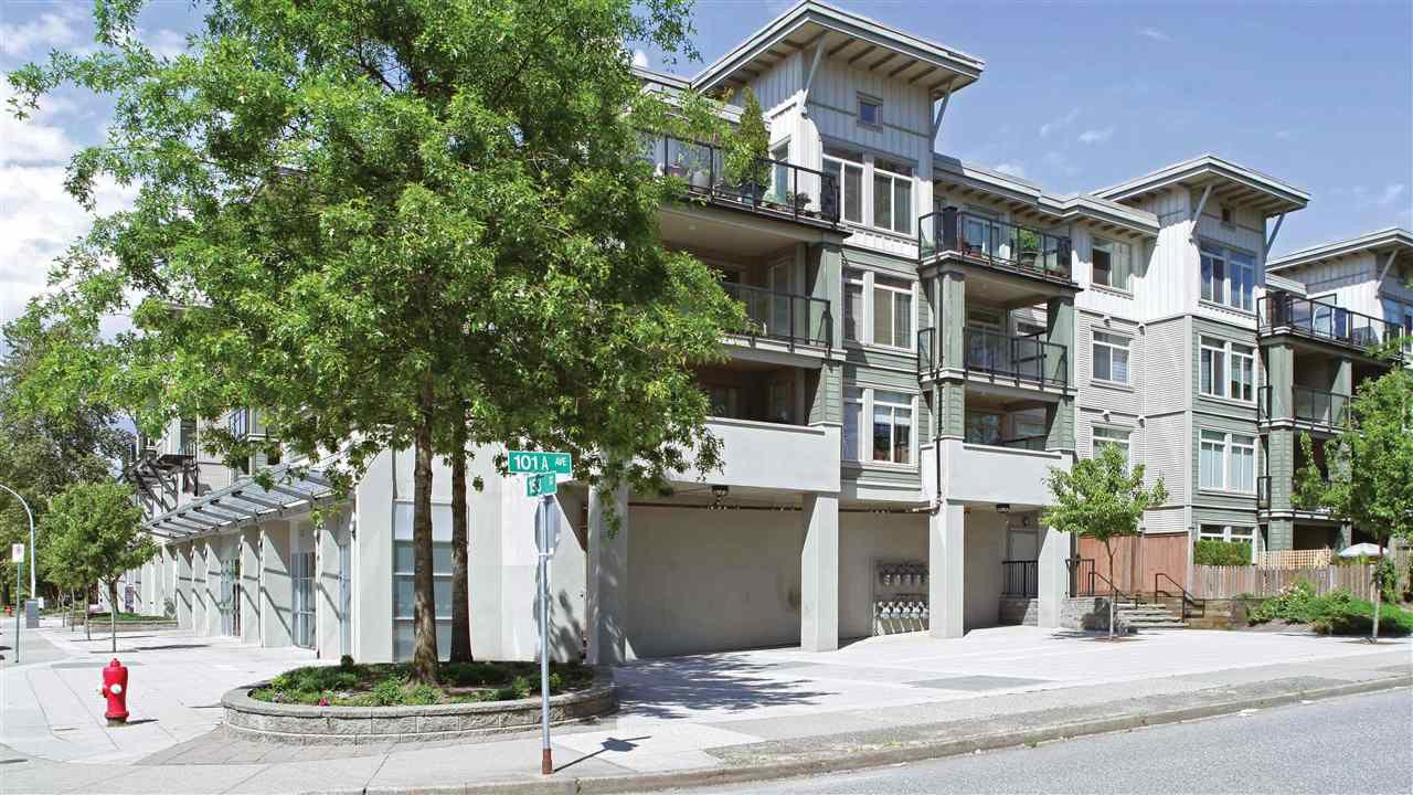 Main Photo: 204 10180 153 Street in Surrey: Guildford Condo for sale (North Surrey)  : MLS®# R2235593