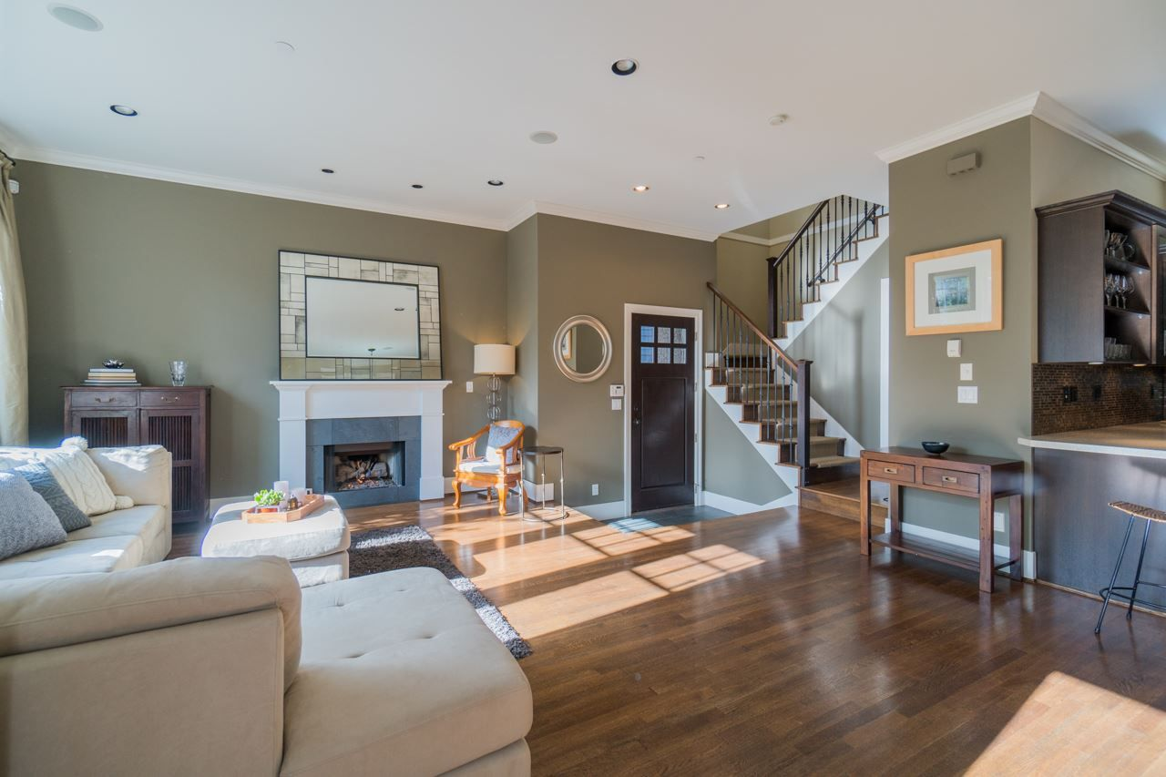 Main Photo: 3448 W 2ND AVENUE in Vancouver: Kitsilano House 1/2 Duplex for sale (Vancouver West)  : MLS®# R2239987