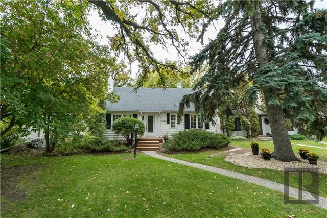 Main Photo: 1440 Wellington Crescent in Winnipeg: River Heights North Residential for sale (1C)  : MLS®# 1826287