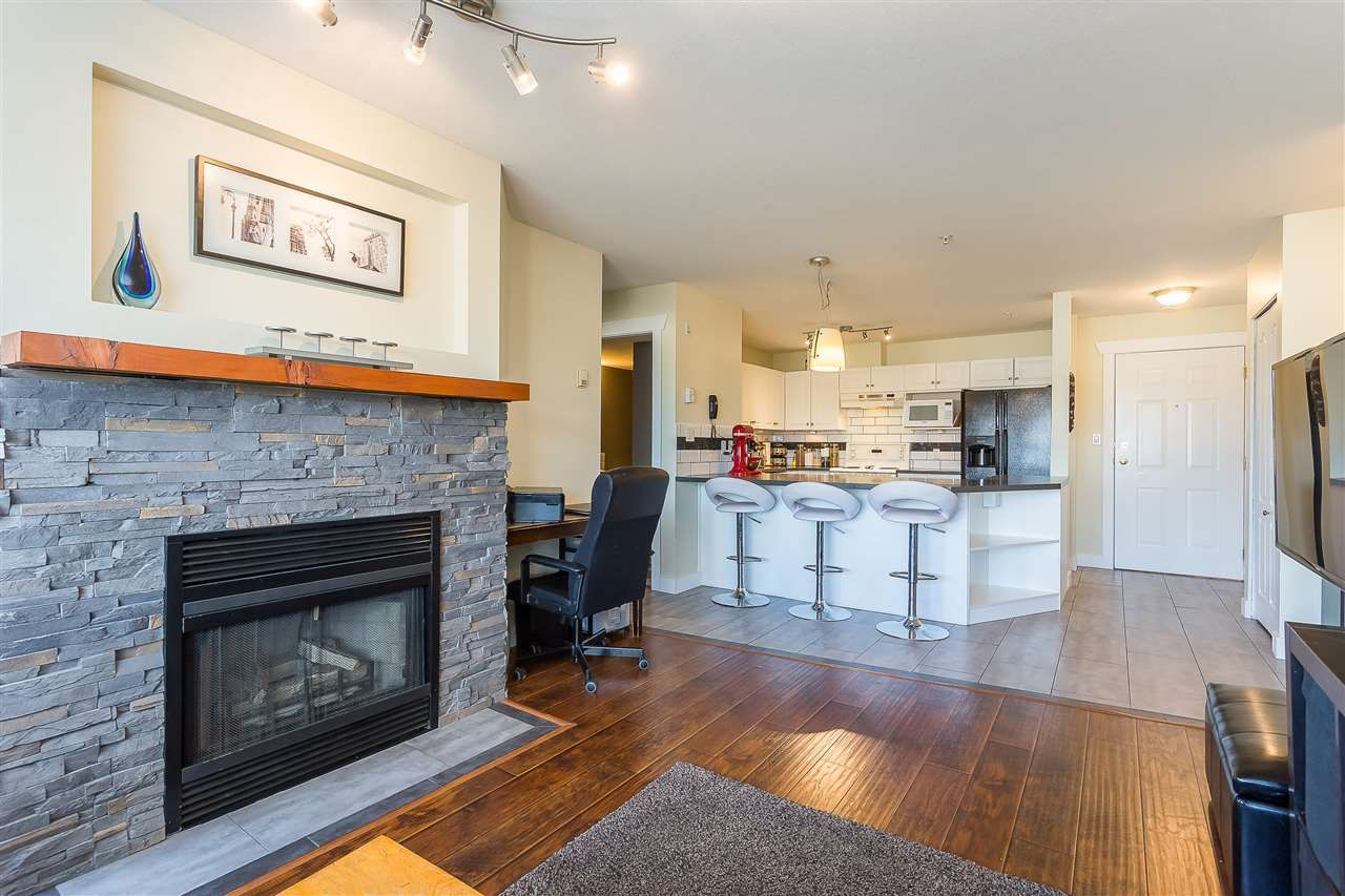"""Main Photo: 306 33708 KING Road in Abbotsford: Poplar Condo for sale in """"College Park Place"""" : MLS®# R2359647"""
