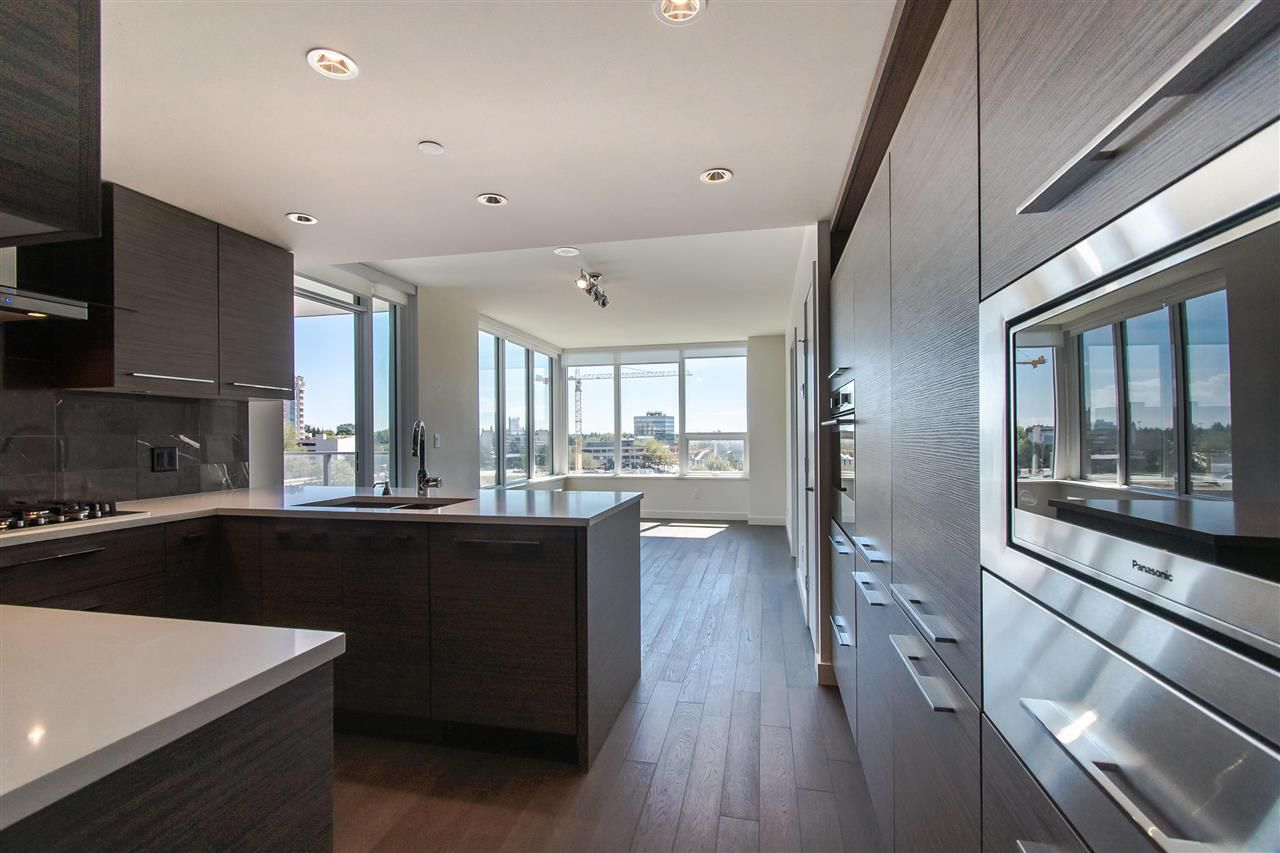 """Main Photo: 802 7488 LANSDOWNE Road in Richmond: Brighouse Condo for sale in """"Cadence"""" : MLS®# R2373863"""