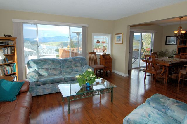 Photo 12: Photos: 4507 CHESTNUT ROAD in COWICHAN BAY: House for sale : MLS®# 350343