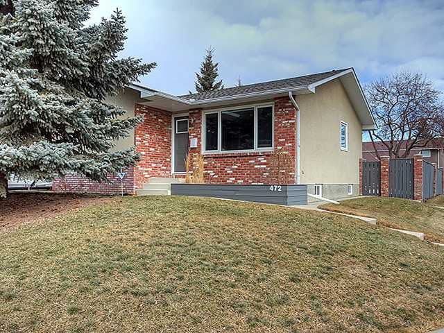 Main Photo: 472 HUNTBOURNE Way NE in Calgary: Huntington Hills Residential Detached Single Family for sale : MLS®# C3651313