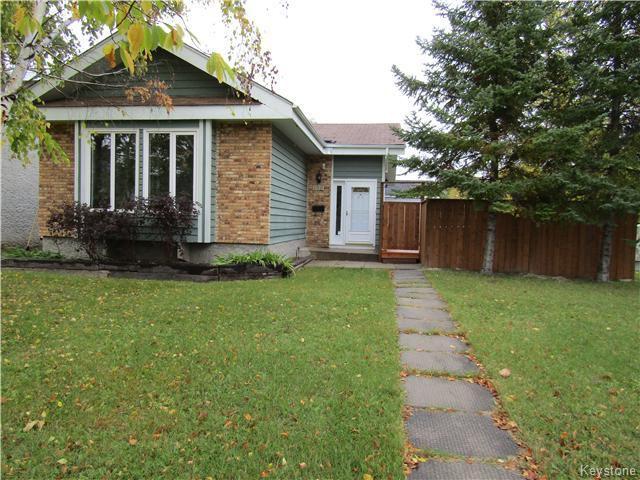 Main Photo: 108 Willowbend Crescent in Winnipeg: St Vital Residential for sale (South East Winnipeg)  : MLS®# 1527133