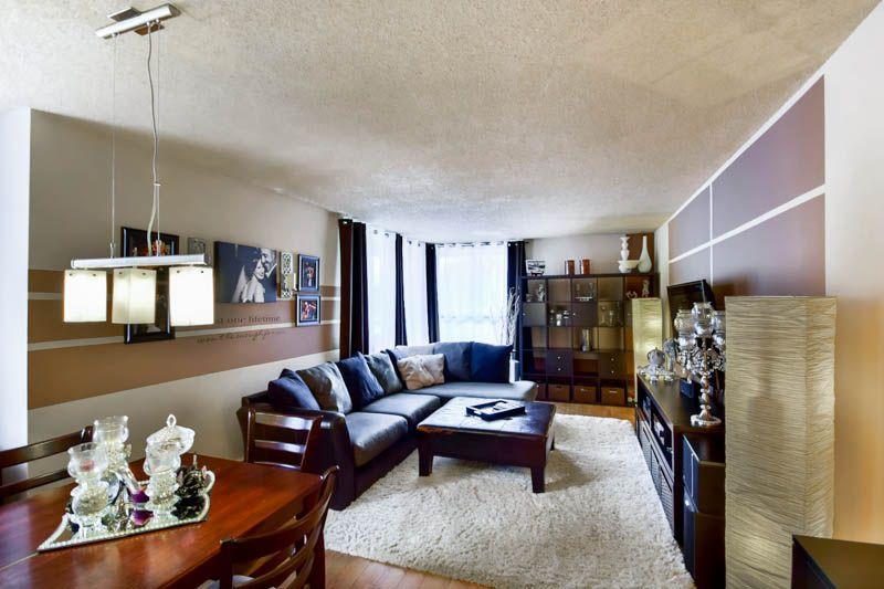 Main Photo: 502 3755 BARTLETT Court in Burnaby: Sullivan Heights Condo for sale (Burnaby North)  : MLS®# R2048011
