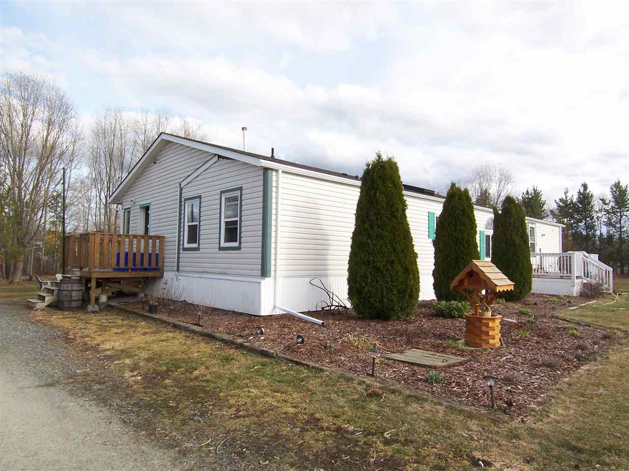 "Main Photo: 4130 HOLMES Road in Prince George: Pineview Manufactured Home for sale in ""BUCKHORN/PINEVIEW"" (PG Rural South (Zone 78))  : MLS®# R2053475"