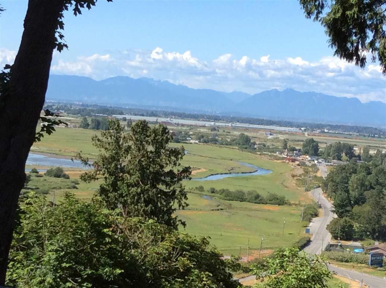 Main Photo: 1217 PACIFIC Drive in Tsawwassen: Tsawwassen Central House for sale : MLS®# R2122531