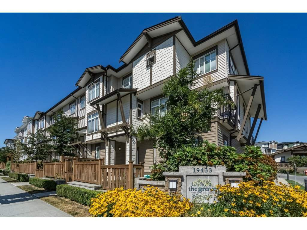"""Main Photo: 55 19433 68 Avenue in Surrey: Clayton Townhouse for sale in """"THE GROVE"""" (Cloverdale)  : MLS®# R2153807"""