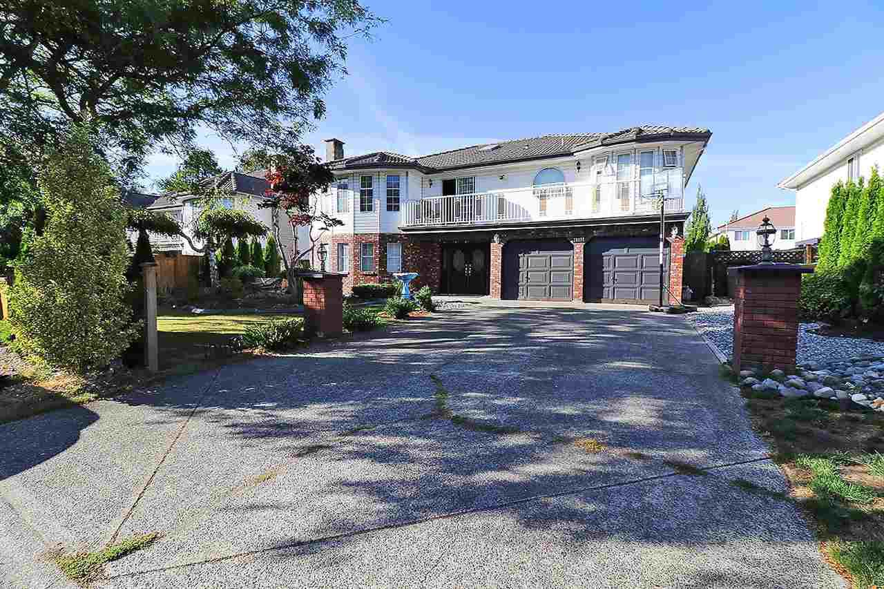 Main Photo: 12277 71A AVENUE in Surrey: West Newton House for sale : MLS®# R2206689