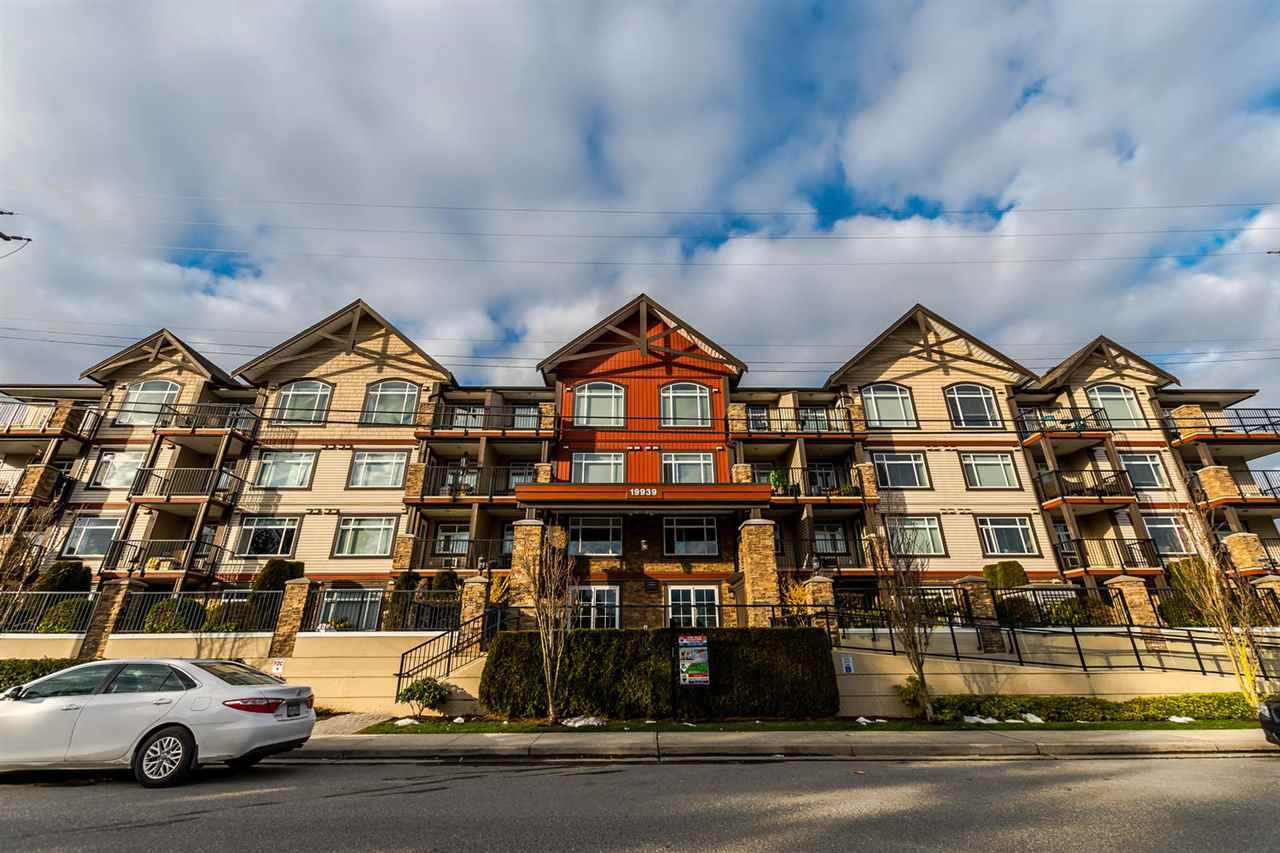 Main Photo: 409 19939 55A AVENUE in : Langley City Condo for sale (Langley)  : MLS®# R2243656