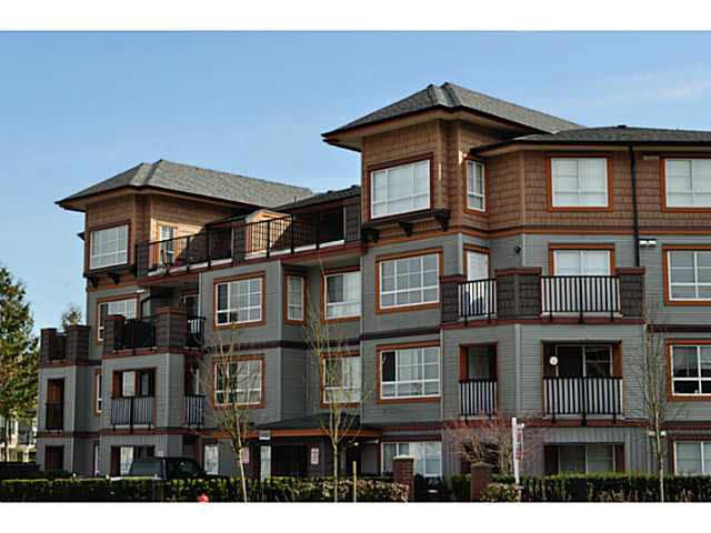Main Photo: 306 6960 120 Street in Surrey: West Newton Condo for sale : MLS®# R2338543