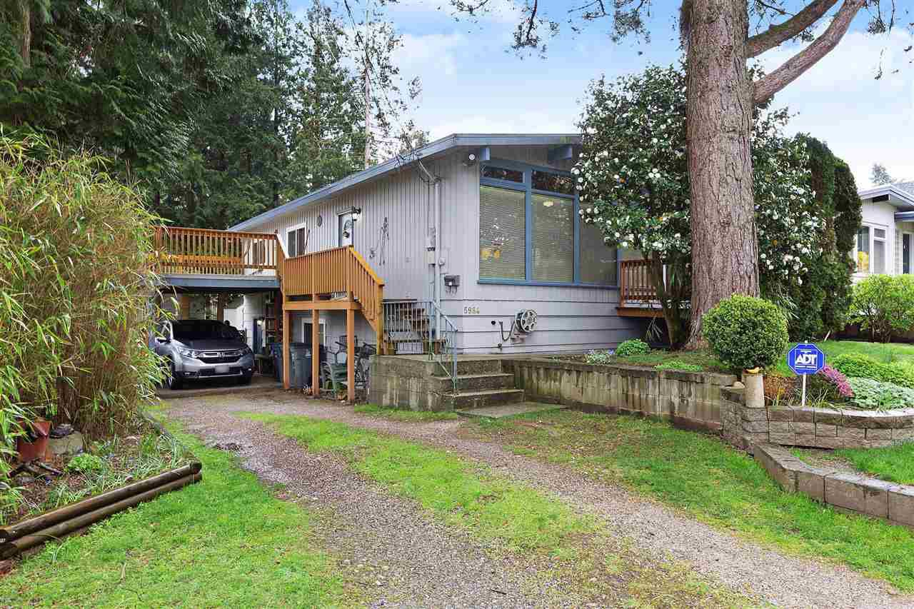 """Main Photo: 5984 135A Street in Surrey: Panorama Ridge House for sale in """"Panorama Park"""" : MLS®# R2358644"""