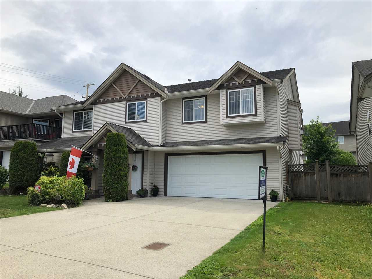 Main Photo: 35198 LABURNUM Avenue in Abbotsford: Abbotsford East House for sale : MLS®# R2373836