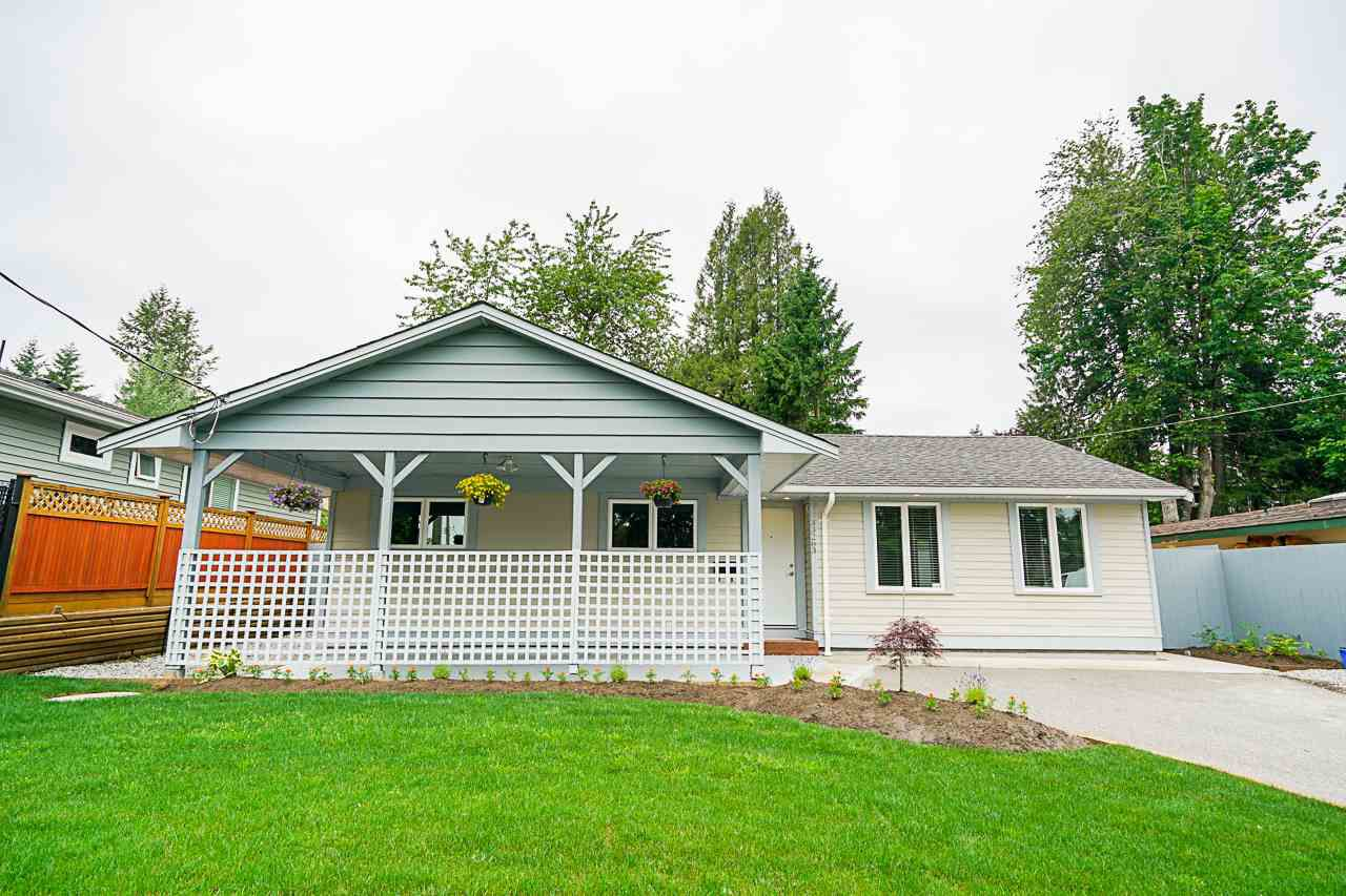 Main Photo: 33263 14TH Avenue in Mission: Mission BC House for sale : MLS®# R2375805