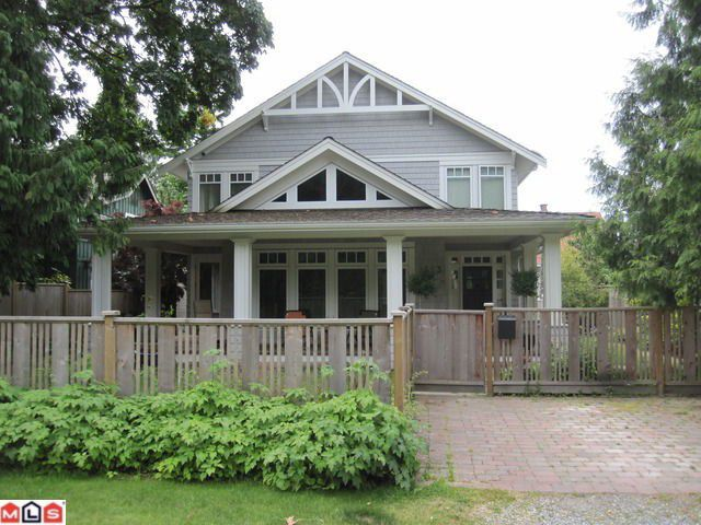 Main Photo: 2623 MCBRIDE Avenue in Surrey: Crescent Bch Ocean Pk. House for sale (South Surrey White Rock)  : MLS®# F1118825