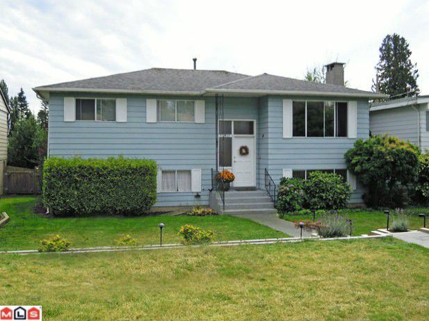"Main Photo: 13608 BLACKBURN Avenue: White Rock House for sale in ""White Rock"" (South Surrey White Rock)  : MLS®# F1124139"