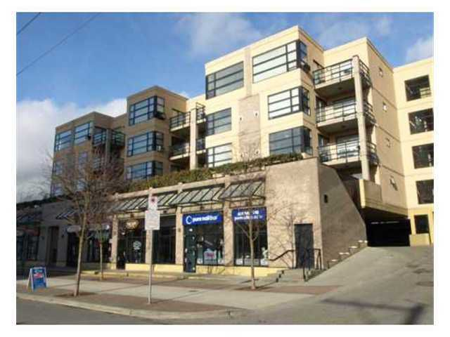 "Main Photo: 410 124 W 3RD Street in North Vancouver: Lower Lonsdale Condo for sale in ""THE VOGUE"" : MLS®# V923381"